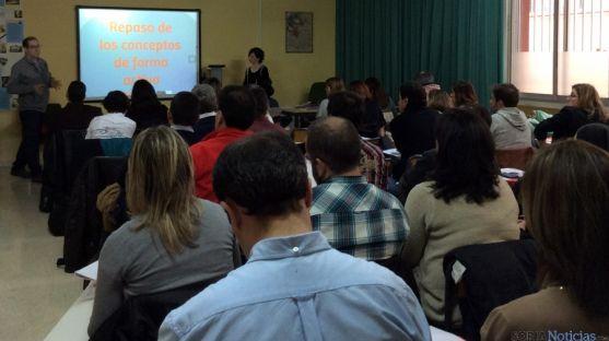 La ponencia impartida por docentes de Escolapias.