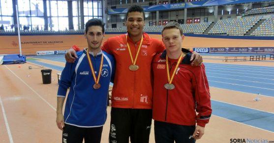 Medallistas junior en Valencia.