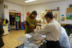 Carlos Martínez, en el momento de votar