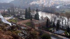 Imagen de la crecida del Duero a su paso por la ciudad. / SN