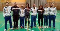 Los jugadores con sus medallas.