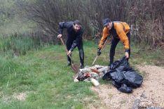 Se ha recogido mucha basura en las márgenes del Duero