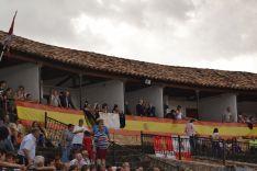 La lluvia presente en las fiestas de El Burgo. AG