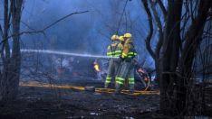 Actuación en un incendio forestal en Soria. /Archivo.