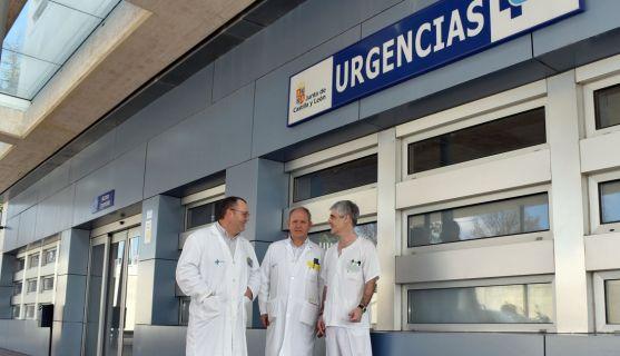 Los responsables del servicio en el Hospital de Santa Bárbara. /SN