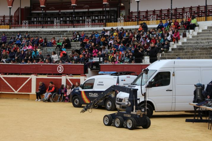 Imagen del ambiente en la plaza de toros este martes./Subdelegación