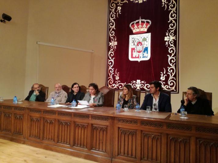 Responsables de Diputación y jurado de los premios.