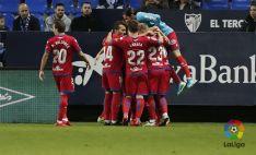 Los jugadores rojillos celebran el gol. LFP