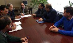 Reunión de agricultores y ganaderos con el delegado de la Junta en Soria.
