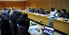 Imagen del encuentro entre representantes de asociaciones de personas inmigrantes y la Junta.