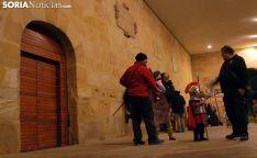Las inmediaciones del palacio de La Audiencia esta tarde-noche. /SN