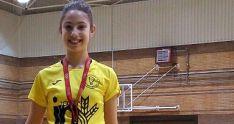 La joven Carmen Carro en el podio madrileño.