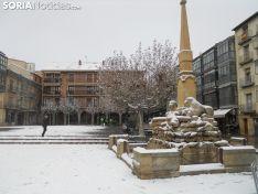 Nieve en la plaza Mayor de la capital soriana. Soria Noticias.
