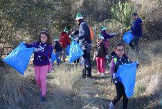 Recogida de basura en las márgenes del Duero en octubre de 2017.