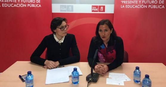 Seijo (dcha.), con Lorena Rodríguez, secretaria de Educacion del PSOE soriano.