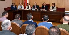 Reunión este lunes en el ayuntamiento de San Esteban de Gormaz. /Jta.