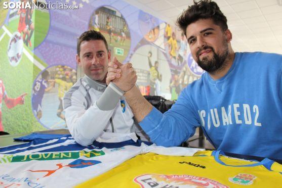 Antonio Fernández, míster del Calasanz, y Mario Martínez, entrenador-jugador de la Sampedrana.