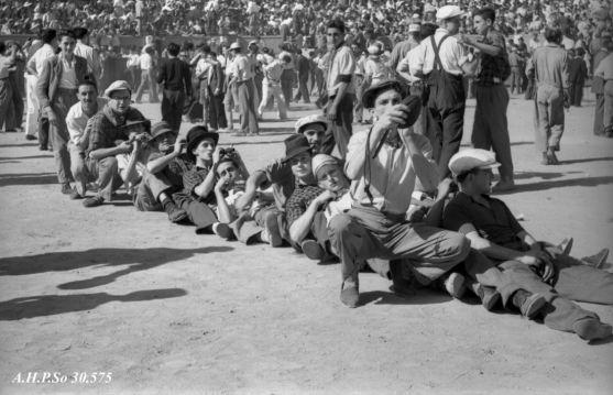 Viernes de Toros de 1952 - AHPSo 30575 Fondo Vives