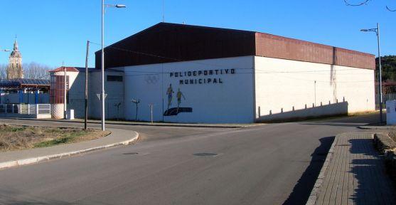 Las instalaciones del polideportivo y piscina climatizada.