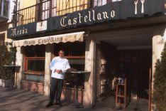 José Luis Jiménez, Gari, en el Mesón Castellano.