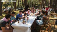 Comida en Cabrejas durante la Fiesta del Mejillón.