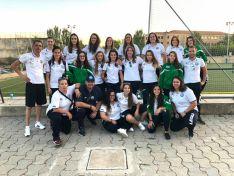 La plantilla del CD San José femenino, tras le triunfo (2-4) obtenido en Salamanca.