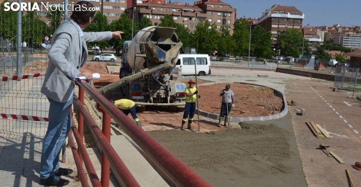El alcalde en su visita a las obras. /SN