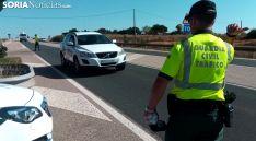 Un control de la Guardia Civil en una carretera soriana. /SN