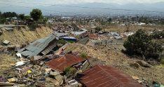 Imagen de una zona devastada por el tsunami en Indonesia. /Cáritas