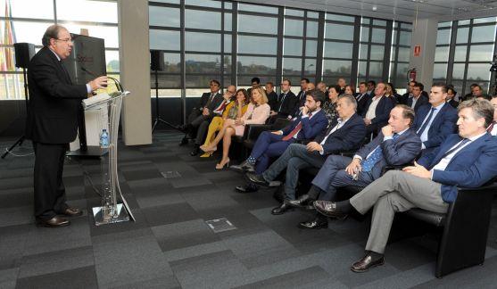 Herrera, en la reunión de la Directiva de Empresa Familiar. /Jta.