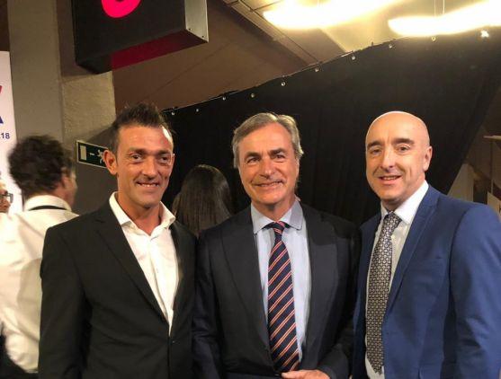 El piloto soriano Agustín Álvaro recoge oficialmente su premio como Campeón de España