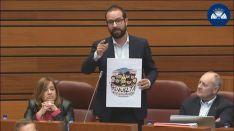 Hernández, en su intervención esta tarde en el Parlamento regional.
