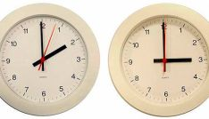 Los relojes deben ser adelantados una hora.