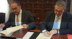 Firma del convenio Diputación-Cámara.