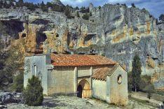Ermita de San Tolomeo en el Cañón del Río Lobos.