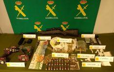 Sustancias, dinero y objetos incautados en la operación Killdog. /GC