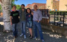 Integrantes de la lista de Podemos en su visita a la demarcación de Arcos. /PS