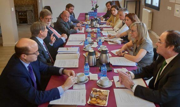 Imagen del encuentro de las patronales del norte en FOES este miércoles.